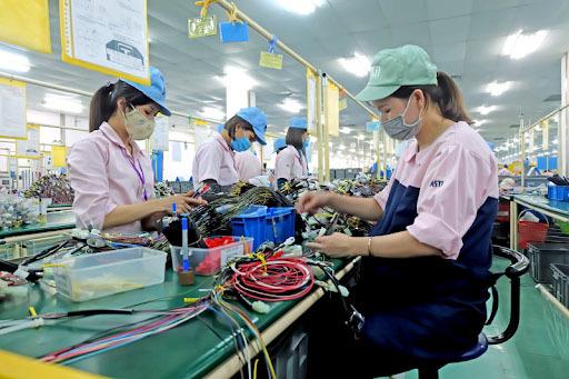 Loạt chính sách hỗ trợ doanh nghiệp mở cửa sản xuất, kinh doanh trở lại