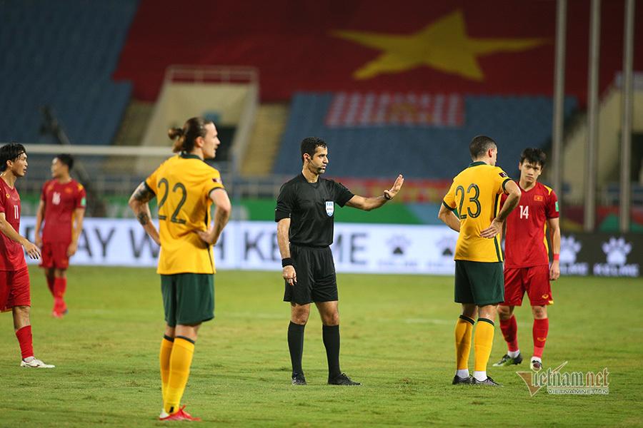 VFF hành động bất ngờ với trọng tài từ chối penalty cho Việt Nam