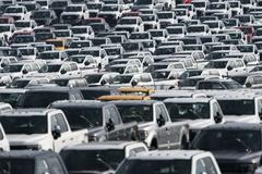 Cuộc khủng hoảng chip của các hãng ôtô lớn trên toàn cầu