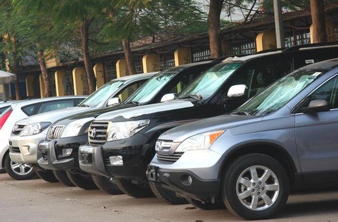 Mua ô tô thanh lý sẽ được miễn truy thu phí sử dụng đường bộ