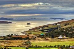 Mua cả hòn đảo chỉ 1,6 tỷ đồng, tha hồ ngắm cảnh xung quanh đẹp như mơ