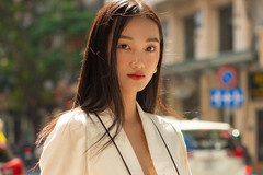 Two Vietnamese models to compete at SupermodelMe 2021