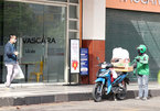 HCM City allows food and drink takeaway services, reopens IT stores