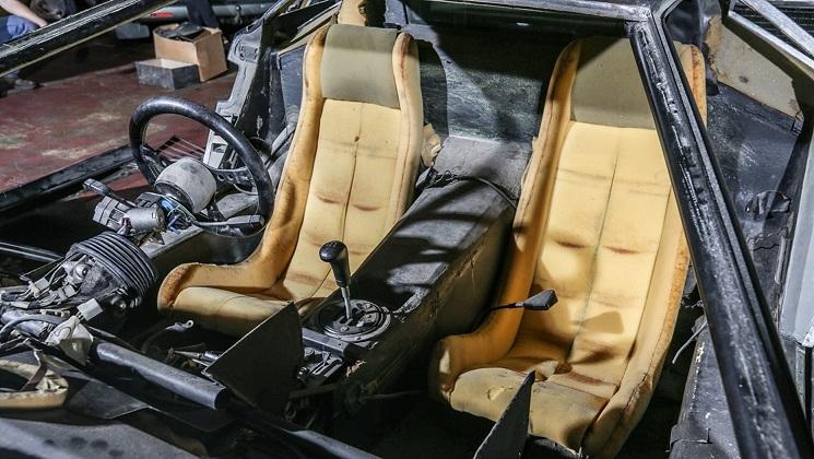 Sau 13 năm 'ngủ kho', xế cổ Lamborghini tháo rời đấu giá 5,7 tỷ