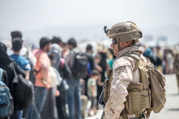 Taliban cho phép sơ tán công dân Mỹ bị mắc kẹt ở Afghanistan