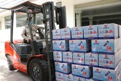 Hanoi enterprises resume operation, but with high caution