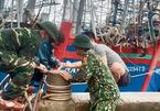 Hơn 3.000 tàu thuyền ở Nghệ An vào bờ tránh bão Côn Sơn