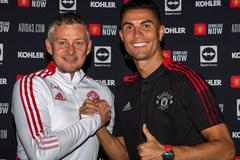 Ronaldo gây áp lực lên Solskjaer để được đá chính