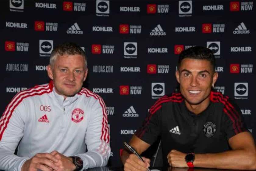 Lộ khoản thưởng khủng của Ronaldo trong hợp đồng với MU