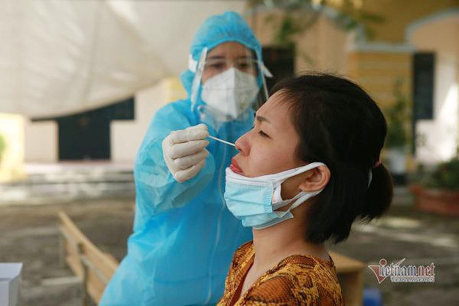 Bộ trưởng Y tế lên tiếng trước ý kiến 'xét nghiệm diện rộng gây lãng phí ở Hà Nội'