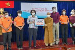 Chùa Giác Ngộ tặng 200 tấn gạo và khoai cho Ủy ban MTTQVN TP.HCM
