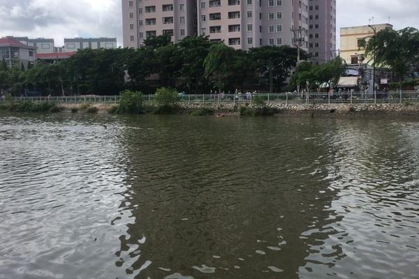 Tìm thấy thi thể người phụ nữ nhảy xuống kênh Tàu Hủ