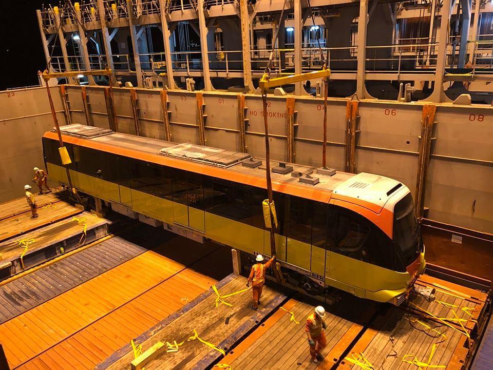 Đoàn tàu thứ 9 dự án đường sắt Nhổn - ga Hà Nội về Việt Nam
