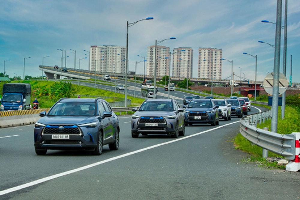 Dân đổ tiền mua ô tô, Việt Nam nguy cơ ô nhiễm không khí nặng