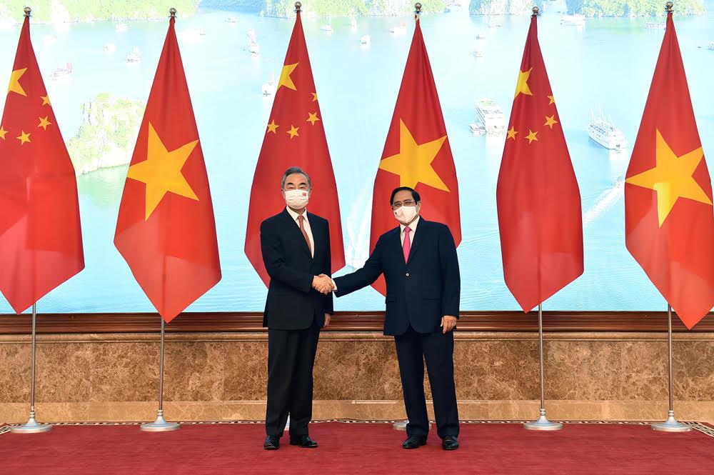 Thủ tướng đề nghị Trung Quốc tiếp tục hỗ trợ vắc xin cho Việt Nam