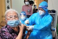 Một phường ở Hà Nội mượn sân chùa làm điểm tiêm vắc xin Covid-19
