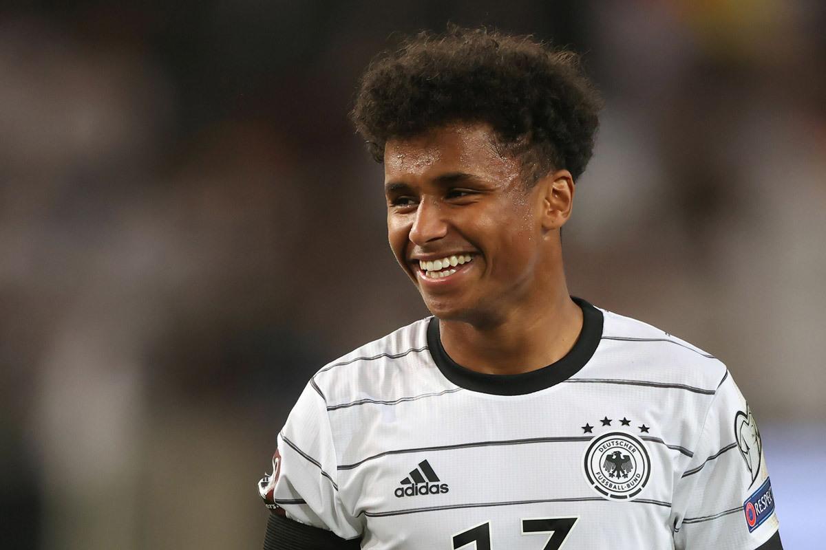 MU đồng ý bán Pogba, Chelsea ký Adeyemi