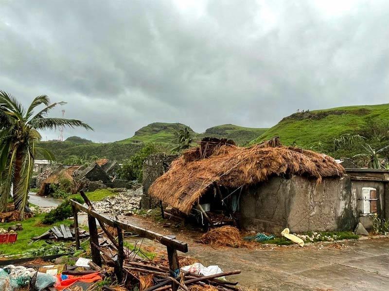 Hình ảnh bão Chanthu tàn phá Philippines