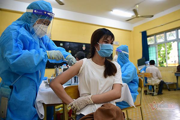 Tiền Giang đề nghị TP.HCM cho mượn 500.000 liều vắc xin Sinopharm