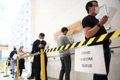 Anh hủy kế hoạch triển khai hộ chiếu vắc xin Covid-19