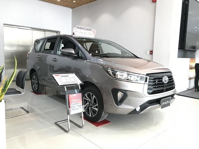 Xe MPV tháng 8: Ngôi vương Mitsubishi Xpander 'thất sủng' bán dưới 100 xe