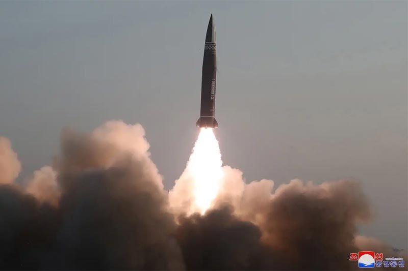 Triều Tiên bất ngờ phóng thử tên lửa hành trình tầm xa