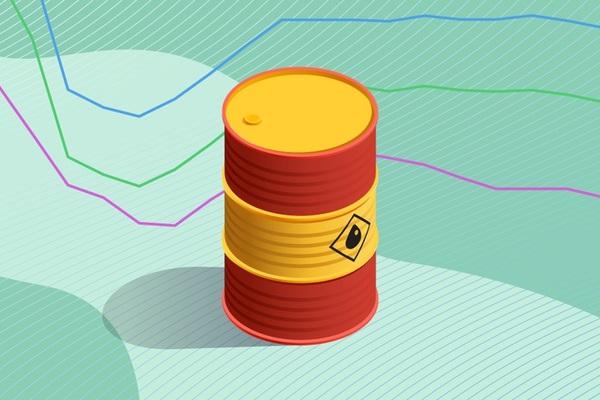 Giá xăng dầu biến động ra sao trong '2 năm Covid-19'?