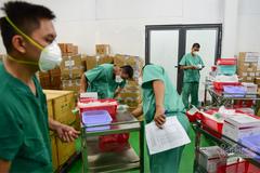 TP.HCM yêu cầu không để nhân viên y tế làm việc hành chính