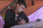 Nhà mạng xóa vùng lõm sóng, tặng máy tính bảng cho học sinh nghèo