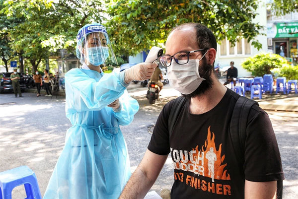 'No one is left behind': Vietnam'sauthorities provide support for foreigners amid the pandemic