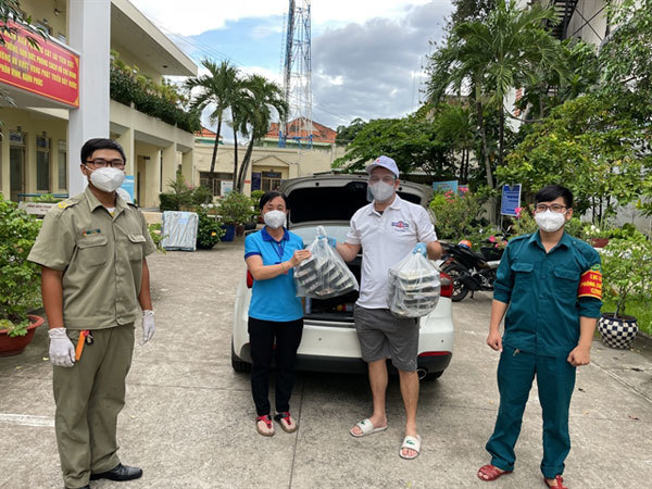 Expats face tough time amid the COVID-19 outbreak in Vietnam