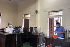 Đánh công an tại chốt kiểm dịch, thanh niên ở Thanh Hóa bị 15 tháng tù
