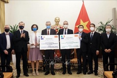 Italy, France donate nearly 1.5 million vaccine doses to Vietnam