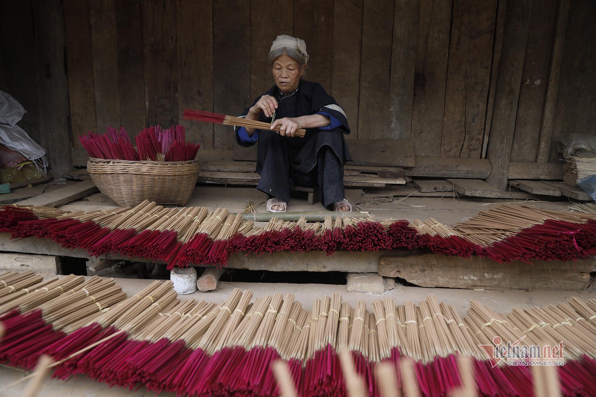 Làng làm hương trăm tuổi của người Nùng An