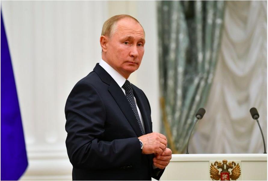 Tổng thống Putin tự cách ly vì người thân cận mắc Covid-19