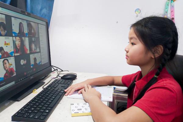 'Dự giờ' buổi học online đặc biệt của học sinh tiểu học trường quốc tế