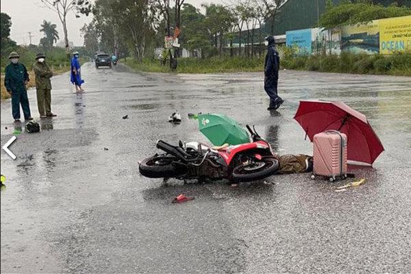 Two people killed in lightning strike in Hanoi rain