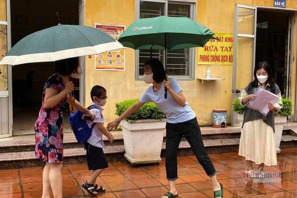 170.000 học sinh Hải Dương trở lại trường