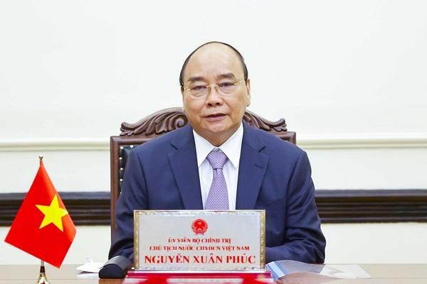Chủ tịch nước Nguyễn Xuân Phúc điện đàm với Tổng thống Nga