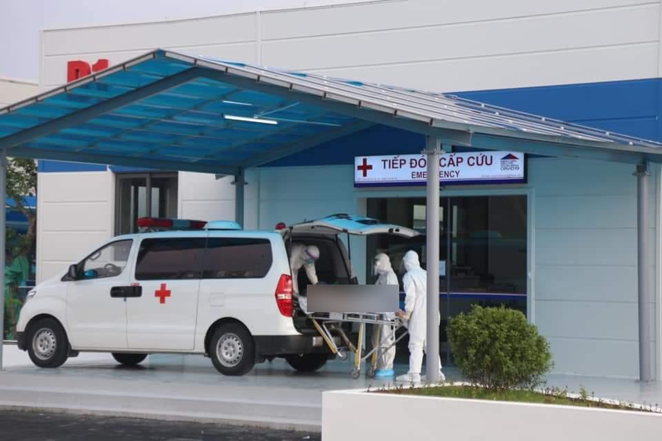 Bệnh viện điều trị Covid-19 tuyến cuối ở Hà Nội đón bệnh nhân đầu tiên