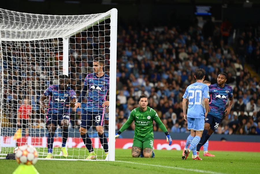 Man City đả bại RB Leipzig sau màn rượt đuổi 'điên rồ'