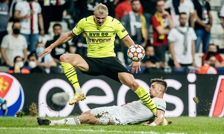 Haaland 'nổ súng', Dortmund thắng hú vía trận ra quân C1