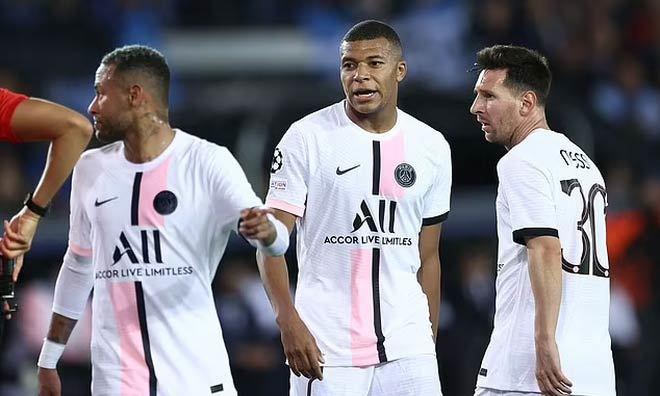 Man City đấu PSG, Pep Guardiola 'ru ngủ' Messi, Neymar và Mbappe