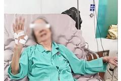 Ba bệnh nhân Covid-19 trên 90 tuổi ở TP.HCM xuất viện