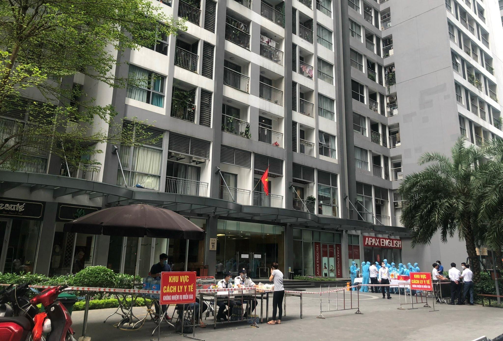 Cách chống dịch xét nghiệm nhanh, phong tỏa hẹp ở chung cư Hà Nội