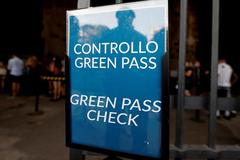 Italia buộc người lao động phải có 'thẻ xanh Covid-19'