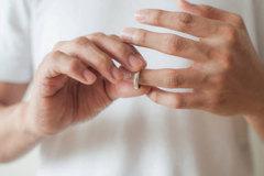 Có nên bỏ vợ để quay lại với người yêu cũ?