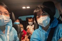 Người phụ nữ lái xe hàng ngàn km chở bệnh nhân về nhà miễn phí