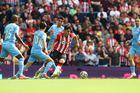 Man City 0-0 Southampton: Chủ nhà hú vía