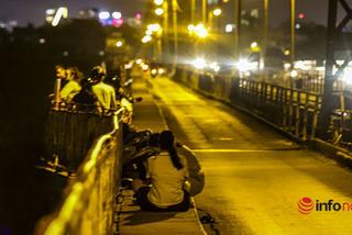 Hà Nội vừa 'nới lỏng', cầu Long Biên đã biến thành nơi hẹn hò, tụ tập